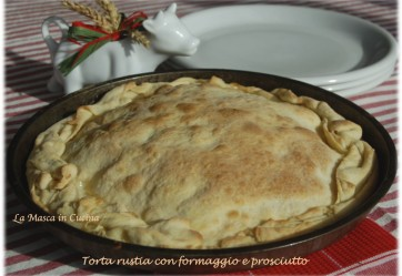 Savoury pie with Cheese and Ham